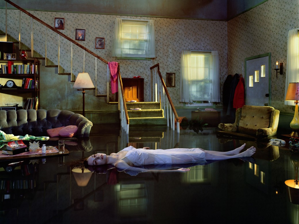 Untitled, 2001 from Twilight 1998-2002 (c) Gregory Crewdson. Courtesy of Gagosian Gallery